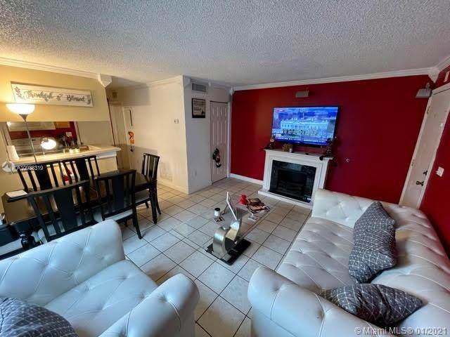 7220 Fairway Dr G23, Miami Lakes, FL 33014 (MLS #A10983319) :: Berkshire Hathaway HomeServices EWM Realty