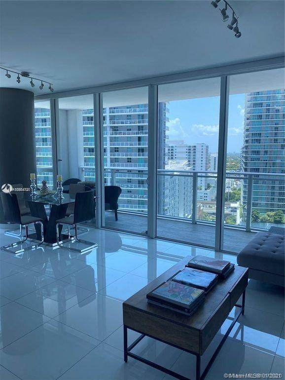 1080 Brickell Ave #1801, Miami, FL 33131 (MLS #A10984726) :: Berkshire Hathaway HomeServices EWM Realty