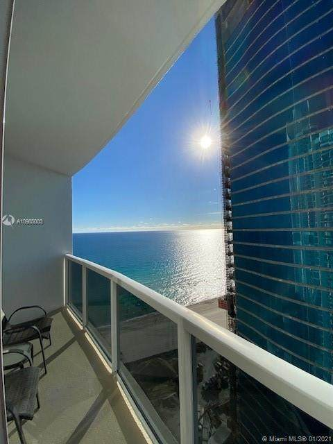 18001 Collins Ave #2314, Sunny Isles Beach, FL 33160 (MLS #A10985003) :: Castelli Real Estate Services