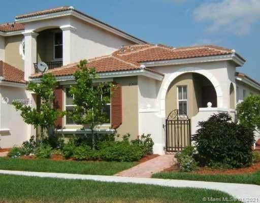 2305 NE 42nd Cir, Homestead, FL 33033 (MLS #A10986113) :: Team Citron