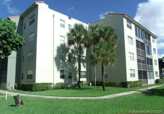 North Lauderdale, FL 33068 :: Carole Smith Real Estate Team
