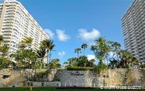 1950 S Ocean Dr Phh, Hallandale Beach, FL 33009 (MLS #A10987972) :: The Jack Coden Group