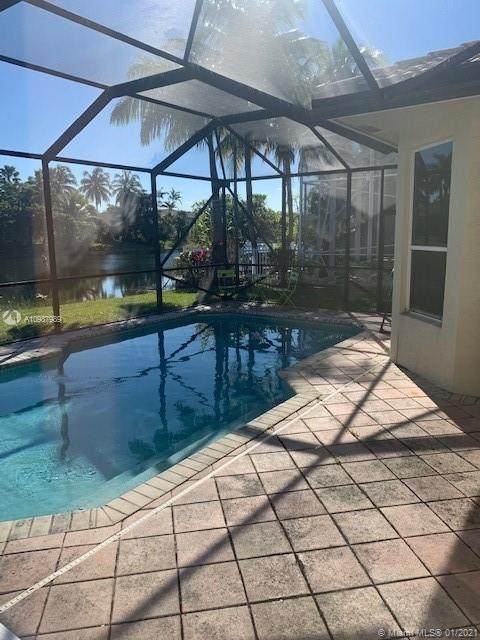 3471 SW 177th Ave, Miramar, FL 33029 (MLS #A10987989) :: Equity Realty
