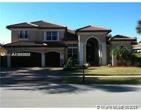10230 Key Plum St, Plantation, FL 33324 (MLS #A10988536) :: The Howland Group
