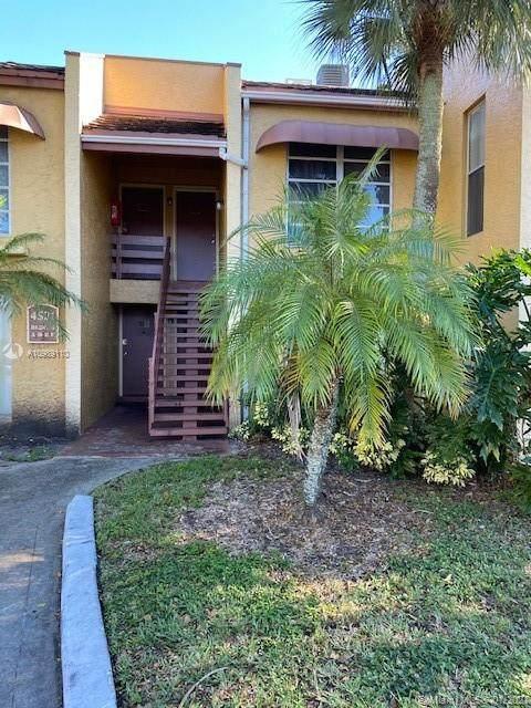 4521 Treehouse Ln F, Tamarac, FL 33319 (MLS #A10989110) :: Search Broward Real Estate Team