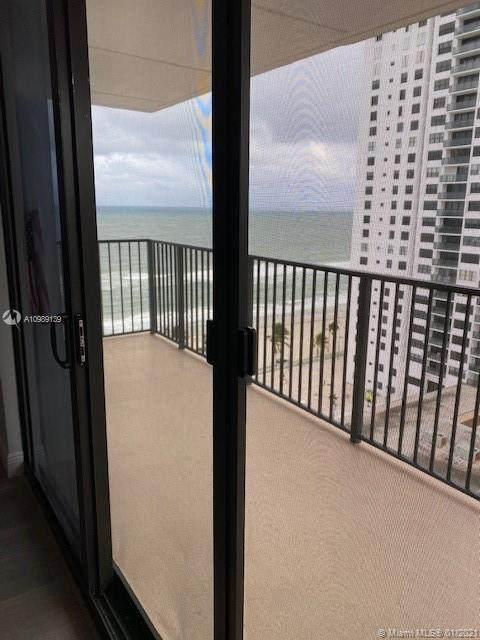 2201 S Ocean Dr #1507, Hollywood, FL 33019 (MLS #A10989139) :: Berkshire Hathaway HomeServices EWM Realty