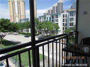 201 178th Dr #301, Sunny Isles Beach, FL 33160 (MLS #A10989749) :: The Pearl Realty Group