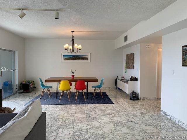 3800 Hillcrest Dr #1216, Hollywood, FL 33021 (MLS #A10991829) :: Green Realty Properties
