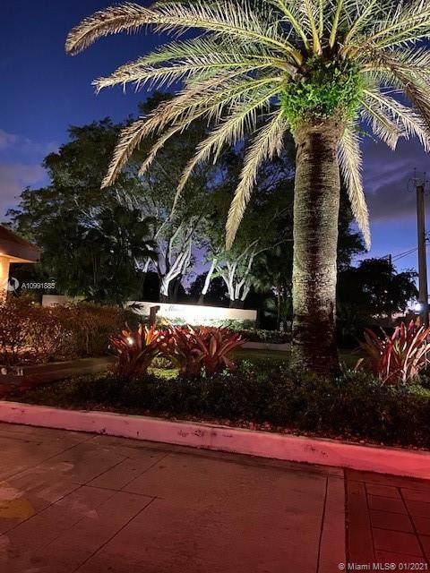 1258 S Military Trl #826, Deerfield Beach, FL 33442 (MLS #A10991885) :: Green Realty Properties