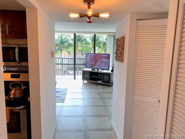 2049 S Ocean Dr 309E, Hallandale Beach, FL 33009 (MLS #A10992421) :: Jo-Ann Forster Team