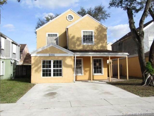 3291 Kapot Ter, Miramar, FL 33025 (MLS #A10995143) :: Berkshire Hathaway HomeServices EWM Realty
