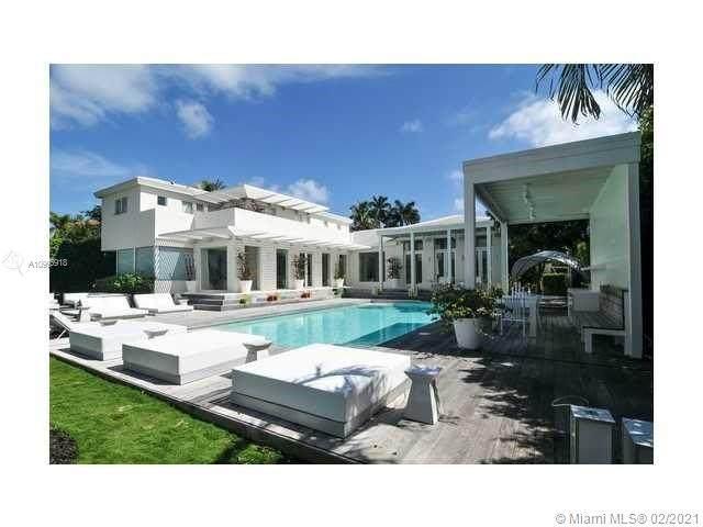 3140 N Bay Rd, Miami Beach, FL 33140 (MLS #A10996918) :: The Riley Smith Group