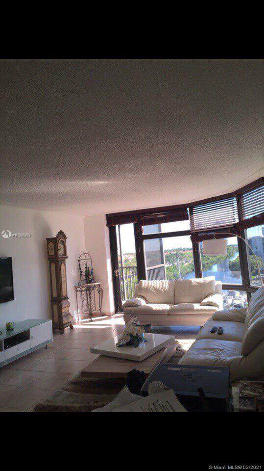3375 N Country Club Dr #604, Aventura, FL 33180 (MLS #A10998968) :: KBiscayne Realty