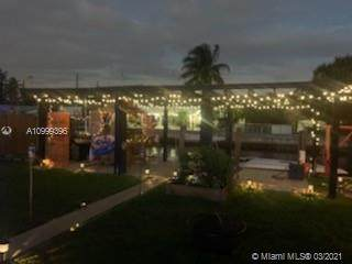 4550 SW 42nd Ter, Dania Beach, FL 33314 (MLS #A10999396) :: The Jack Coden Group