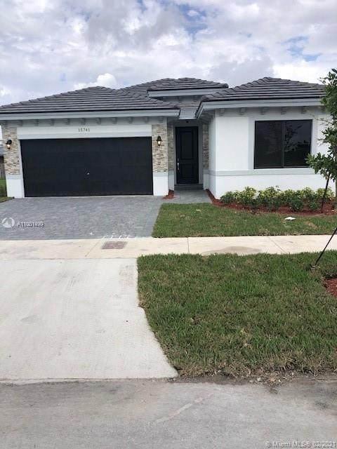18909 SW 316th St, Homestead, FL 33030 (MLS #A11001499) :: Prestige Realty Group