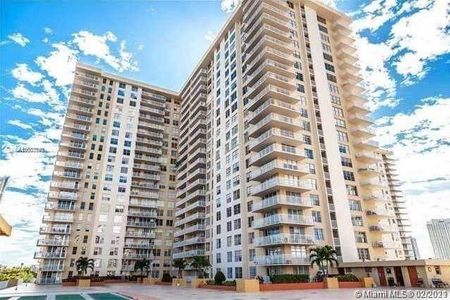 231 174th St #801, Sunny Isles Beach, FL 33160 (MLS #A11003090) :: Green Realty Properties