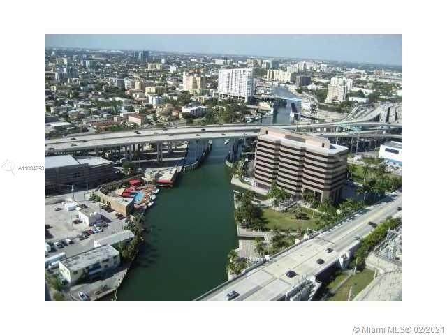 185 SW 7th St #3211, Miami, FL 33130 (MLS #A11004793) :: Search Broward Real Estate Team