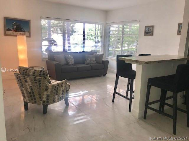 818 Pennsylvania Ave #11, Miami Beach, FL 33139 (MLS #A11004954) :: Berkshire Hathaway HomeServices EWM Realty