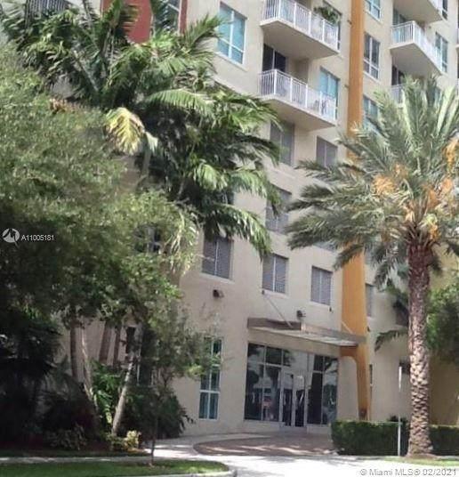 2275 Biscayne Blvd #806, Miami, FL 33137 (MLS #A11005181) :: ONE | Sotheby's International Realty