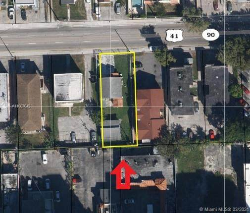 1942 SW 7th Street, Miami, FL 33135 (MLS #A11007042) :: The Riley Smith Group