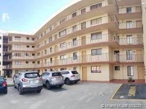 9911 W Okeechobee Rd 1-101, Hialeah Gardens, FL 33016 (MLS #A11007140) :: Douglas Elliman