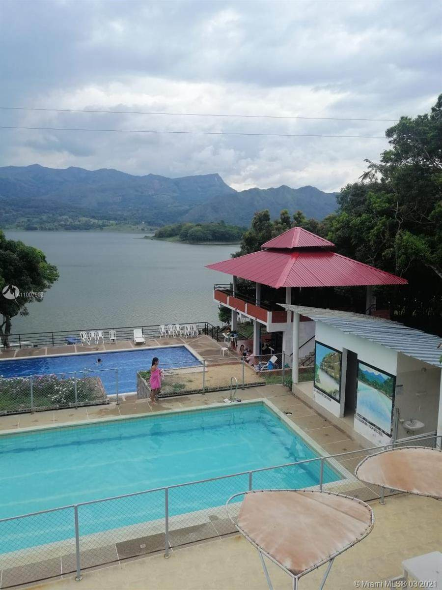 Tolima Colombia - Photo 1