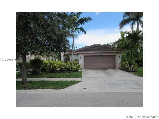 1610 Sweetgum Ter, Weston, FL 33327 (MLS #A11008449) :: The Paiz Group