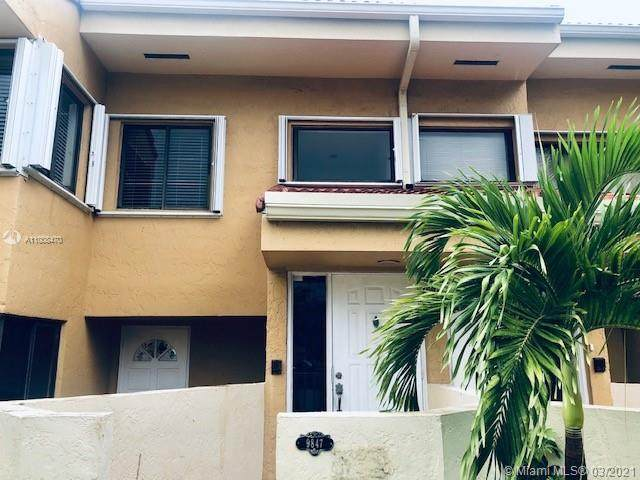 9847 SW 138th Ave Ec2r, Miami, FL 33186 (MLS #A11008470) :: Green Realty Properties