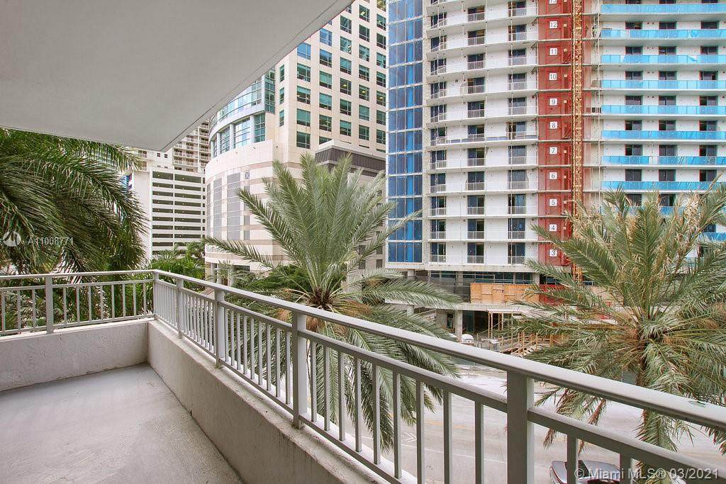 1111 Brickell Bay Dr - Photo 1