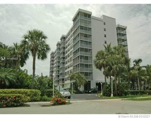 150 Ocean Lane Dr 5H, Key Biscayne, FL 33149 (MLS #A11008923) :: Douglas Elliman