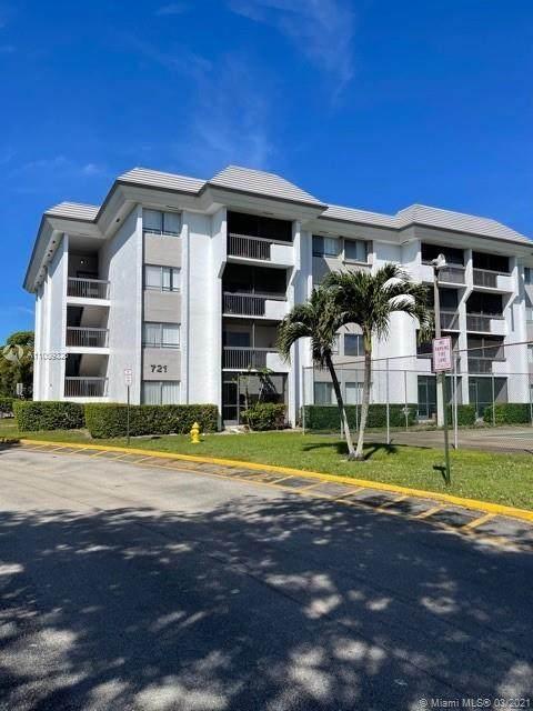 721 N Pine Island Rd #421, Plantation, FL 33324 (MLS #A11009326) :: Podium Realty Group Inc