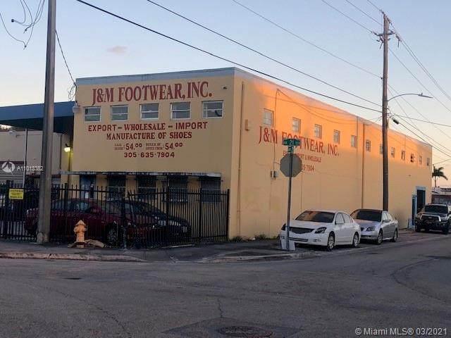 2298 NW 21st Ter, Miami, FL 33142 (MLS #A11013382) :: Carole Smith Real Estate Team
