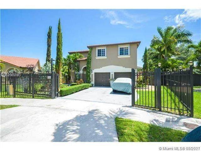 16492 SW 56th Ter, Miami, FL 33193 (MLS #A11014160) :: The Riley Smith Group