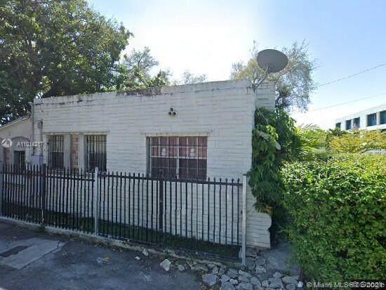 150 NE 63rd St, Miami, FL 33138 (MLS #A11014217) :: The Rose Harris Group