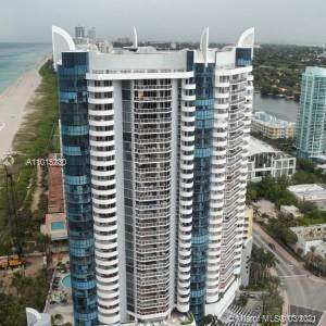 6301 Collins Ave #807, Miami Beach, FL 33141 (MLS #A11015230) :: The Teri Arbogast Team at Keller Williams Partners SW