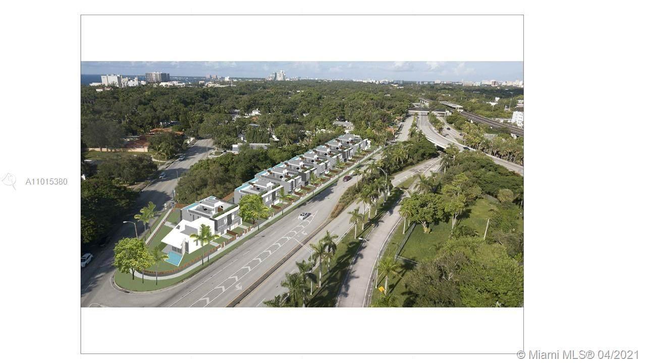 2900 So. Miami Ave - Photo 1