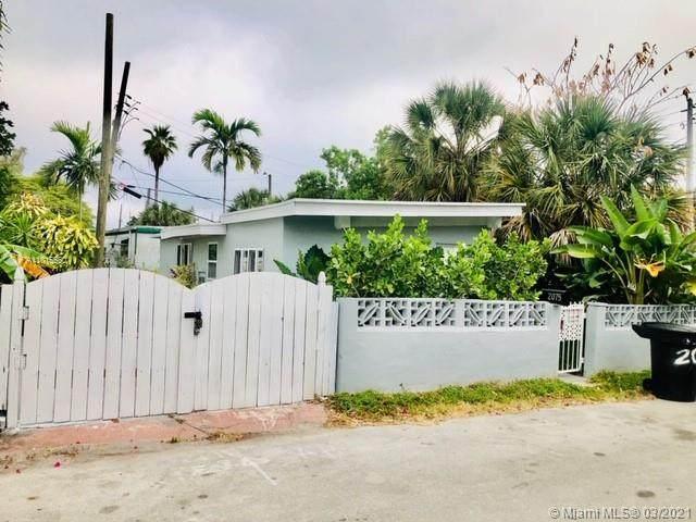 2075 NE 135th Ter, North Miami Beach, FL 33181 (MLS #A11015560) :: The Riley Smith Group