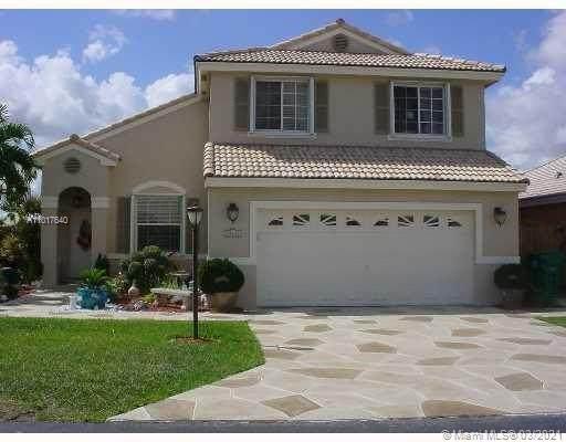 15834 SW 84th St, Miami, FL 33193 (MLS #A11017640) :: The Paiz Group