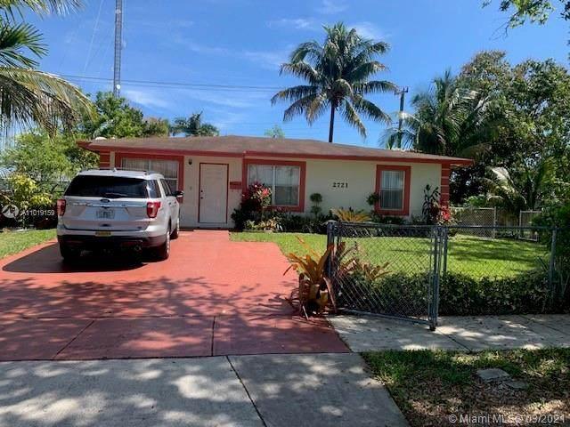 2721 SW 53rd Ave, West Park, FL 33023 (MLS #A11019159) :: Team Citron