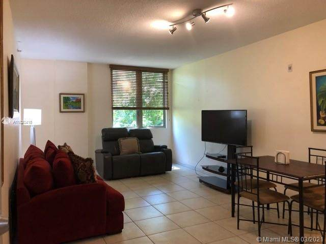 2630 SW 28th St #14, Miami, FL 33133 (MLS #A11020415) :: Compass FL LLC