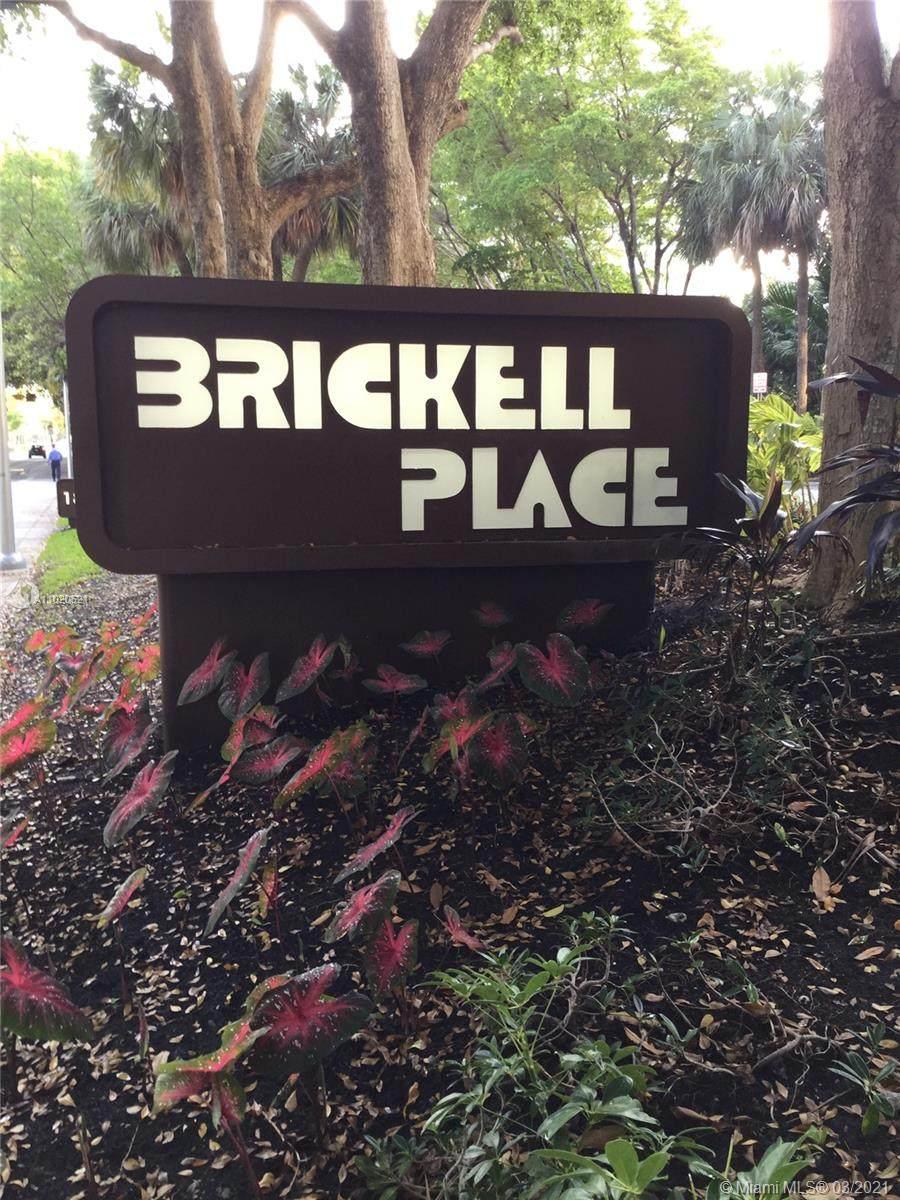 1901 Brickell Ave - Photo 1