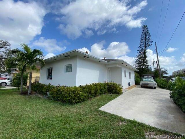 3195 NW 42nd St, Miami, FL 33142 (MLS #A11020599) :: The Paiz Group