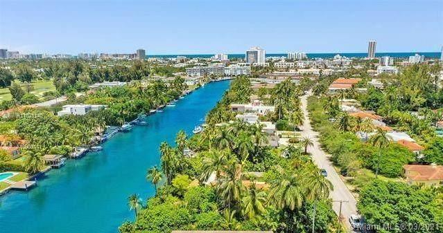 1415 Marseille Dr, Miami Beach, FL 33141 (MLS #A11021140) :: The Paiz Group