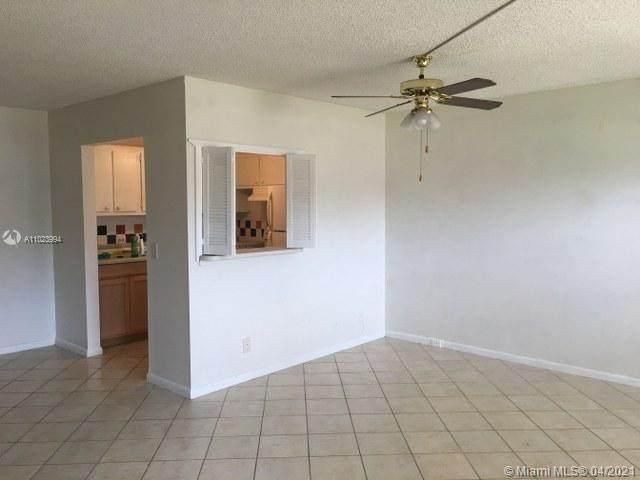 54 Mansfield B, Boca Raton, FL 33434 (MLS #A11023994) :: Re/Max PowerPro Realty