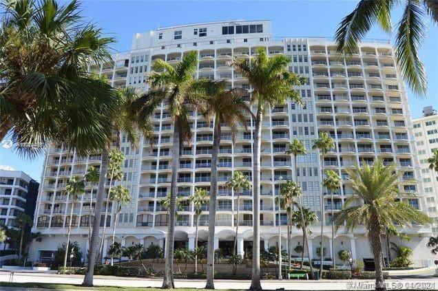 5401 Collins Ave #341, Miami Beach, FL 33140 (MLS #A11024459) :: Equity Advisor Team