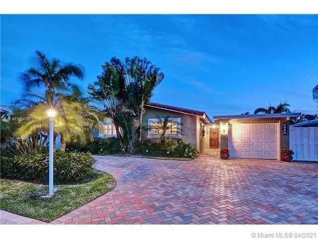 2724 SE 13th Ct, Pompano Beach, FL 33062 (MLS #A11024792) :: Re/Max PowerPro Realty
