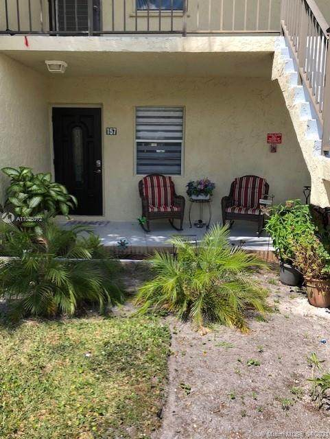 154 Lake Meryl Dr #157, West Palm Beach, FL 33411 (MLS #A11025972) :: The Riley Smith Group
