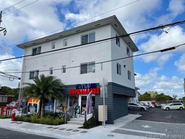 4260 Palm Ave - Photo 1