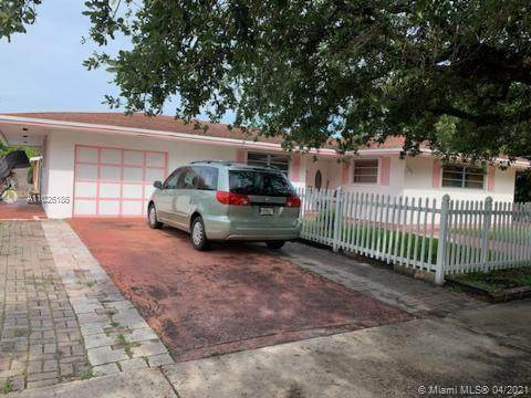1100 N 64th Ave, Hollywood, FL 33024 (MLS #A11026186) :: The Riley Smith Group