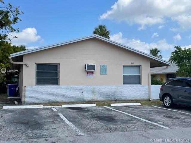 537 SW 2nd Pl, Pompano Beach, FL 33060 (#A11026288) :: Dalton Wade